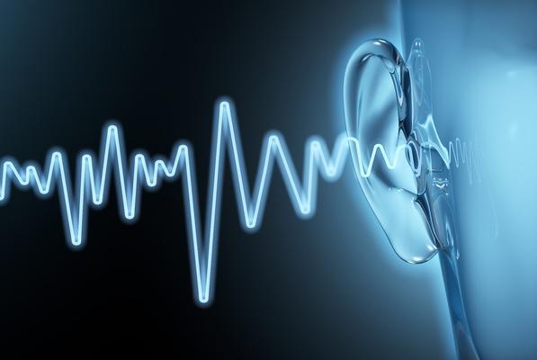 Forschungsprojekt: Mit EEG-basierter Hirnstimulation das Hören verbessern